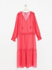 Dlouhé šifonové šaty se střapci Červená