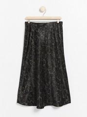 Vzorovaná saténová sukně Kaki