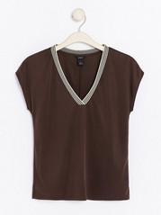V-neck Modal Blend Top  Brown