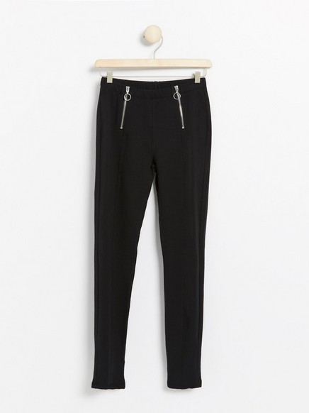 Black leggings with zips and brushed inside Black