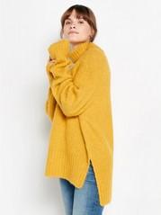 Strikket genser med sidesplitt og rullekrage Gul