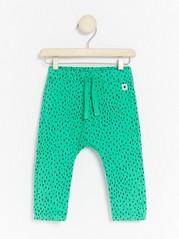 Zelené kalhoty spuntíky Zelená