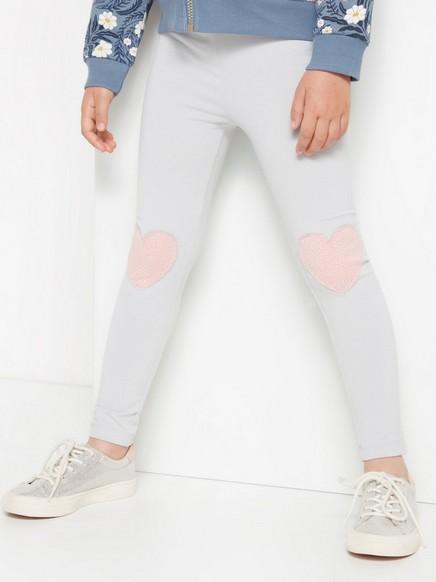 Grå leggings med rosa, hjerteformede knelapper Grå