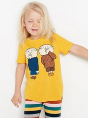 Keltainen t-paita, jossa Mikko Mallikas -painatus Keltainen