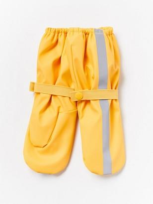 Yellow rain gloves Yellow