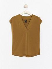 V-neck top  Brown