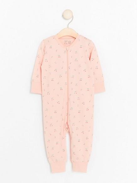 Růžové pyžamo se vzorem třešní Růžová