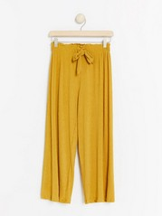 Wide cropped trousers Yellow