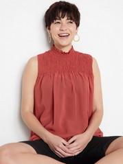 Ermeløs bluse med vaffelsøm Rød