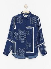 Skjorte med teksttrykk Blå