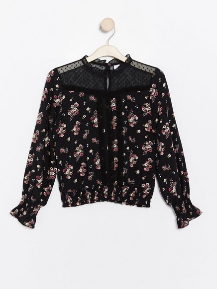 Floral viscose blouse with lace Black