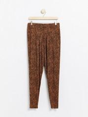Bukse i mønstret viskose Svart