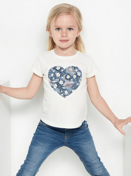 Valkoinen pusero, jossa kuvioitu sydänapplikointi Valkoinen