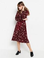 Vinröd långärmad klänning  Röd