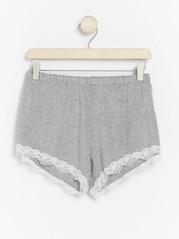Grå pyjamasshorts i lyocellblandning  Grå