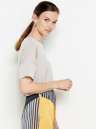 Short sleeve shiny top  Beige
