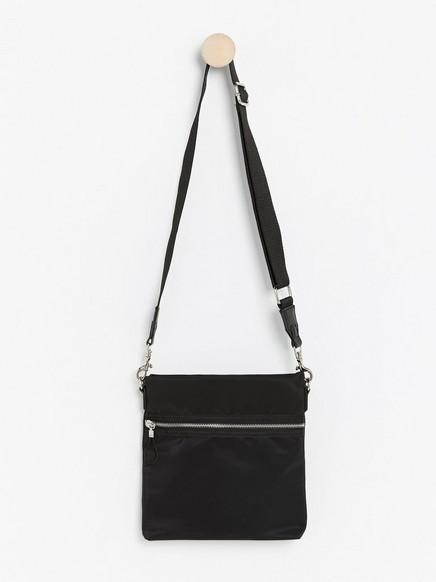 Nylonlaukku Musta