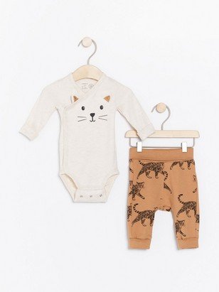 Set with wrap bodysuit and trousers with cats Beige