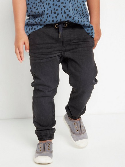 Regular fit black jeans in extra strong fabric Black