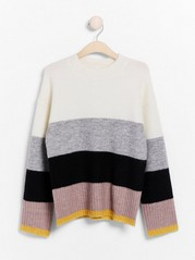 Knitted jumper with mock neck Pink