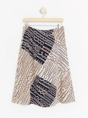 Skirt with print  White