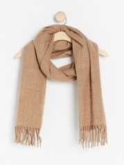Woven scarf with fringes  Beige