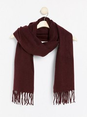 Woven scarf with fringes  Red