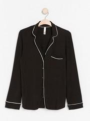 Musta pitkähihainen pyjamapaita Musta