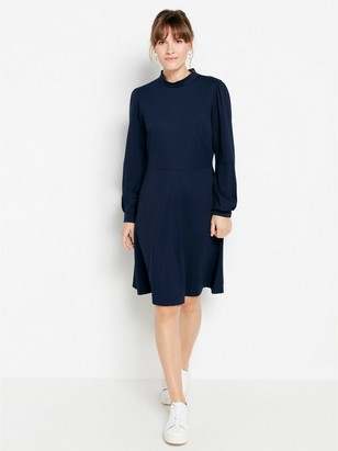 Marineblå, langermet kjole Blå