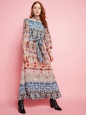 Lång mönstrad klänning Beige