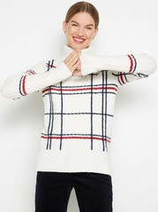 White cabel-knit roll neck jumper with checked pattern White
