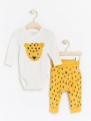 Set with wrap bodysuit with leopard and patterned trousers Yellow
