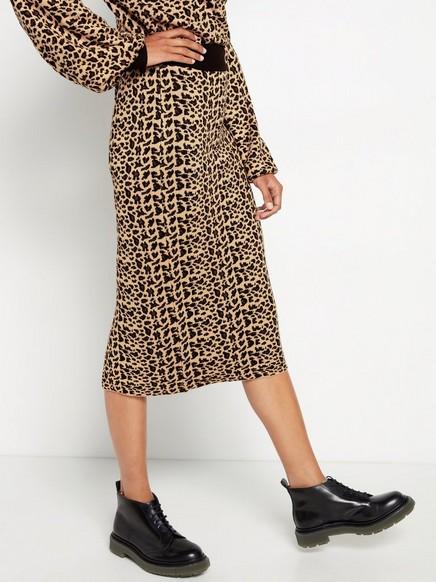 Stickad leopardmönstrad kjol med lurex Beige