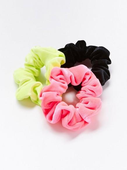 3-pack velvet scrunchies Coral