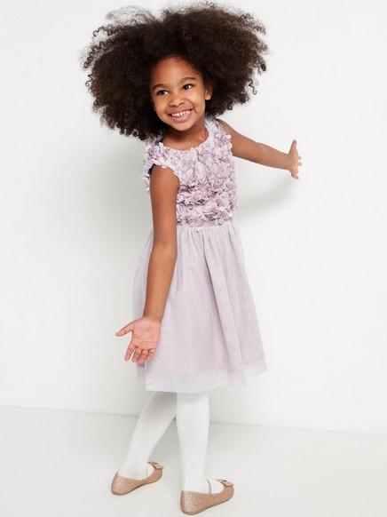 Liila mekko, jossa applikointeja ja tyllihame Liila