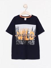 Kortermet T-skjorte med trykk Blå