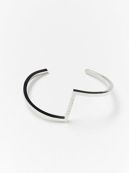 Silverfärgat stelt armband Metallic