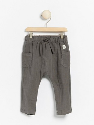 Grey trousers with woven front and jersey back Grey