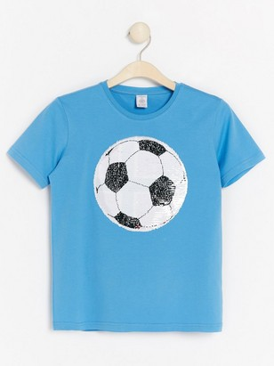 Blue t-shirt with soccer ball in reversible sequins Yellow