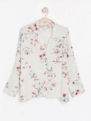 Hvit nattskjorte med blomstertrykk Hvit