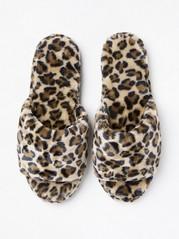 Leopardmönstrade tofflor i fuskpäls Beige