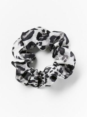 Leopardmønstret scrunchie Grå