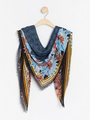 Patterned scarf Blue