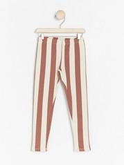 Raidalliset leggingsit, joissa harjattu sisäpuoli Vaaleanpunainen