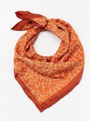 Vzorovaný saténový šátek Oranžová