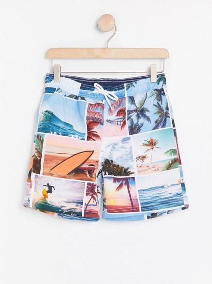 Plavecké šortky sfotopotiskem Bílá