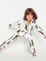 Pyjama, jossa seeproja ja leopardeja Valkoinen