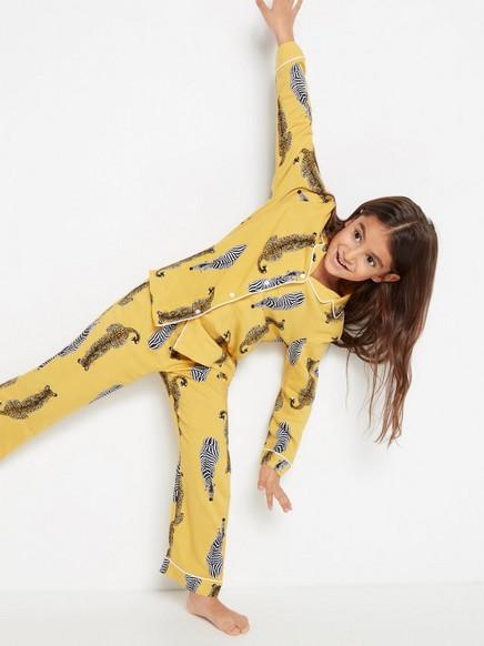 Pyjamas med zebror och leoparder Gul