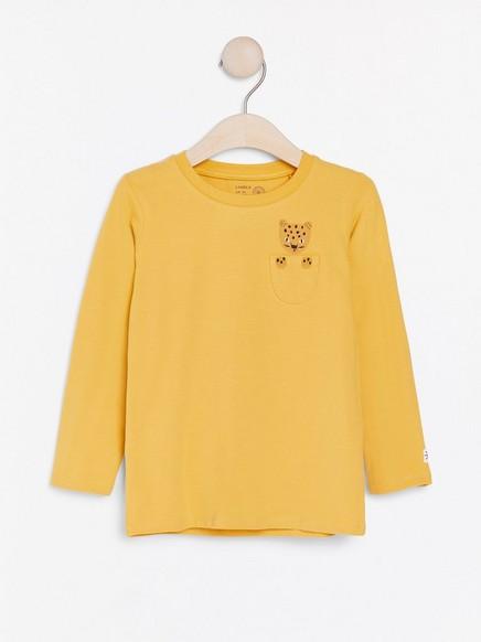 Keltainen pusero, jossa leopardipainatus Keltainen