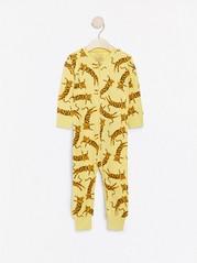 Keltainen pyjama, jossa leopardeja Keltainen